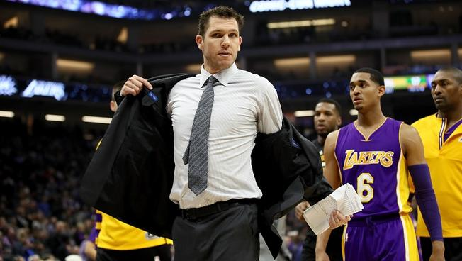 luke-walton-ejection-12-12-16
