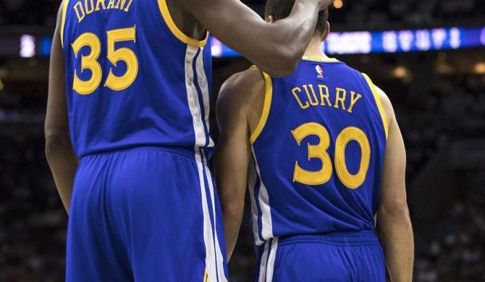 warriors_76ers_basketball_45924_c0-888-2878-2566_s885x516
