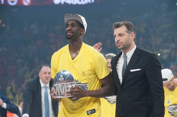 ekpe-udoh-final-four-mvp-fenerbahce-istanbul-final-four-istanbul-2017-eb16