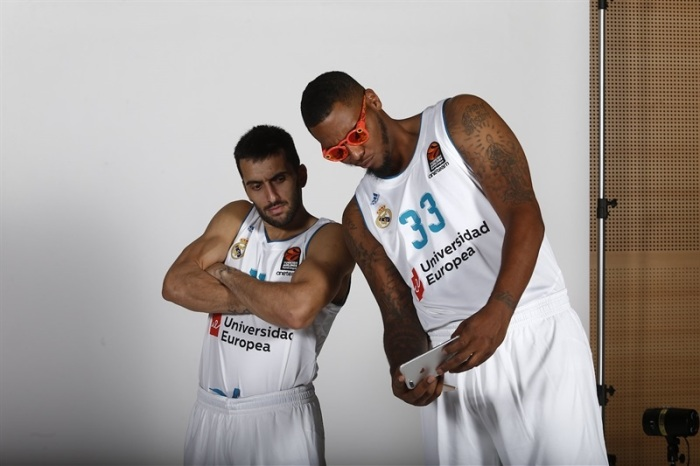 facundo-campazzo-and-trey-thompkins-real-madrid-media-day-2017-eb17