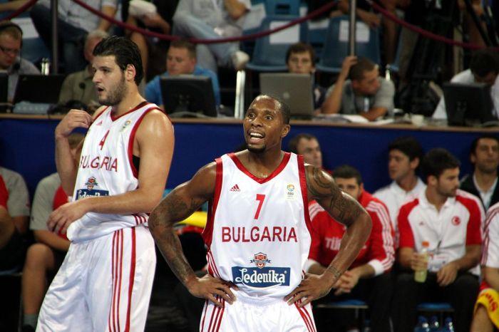 1200px-Earl_Rowland_EuroBasket_2009.jpg